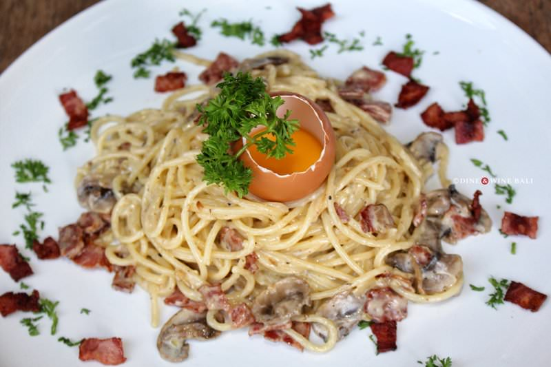 Dine & Wine Bali Restaurant Guide Casablanca Sanur International Indonesian Spaghetti Carbonara