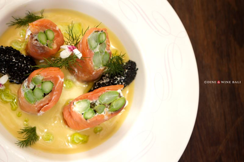 Dine & Wine Bali Restaurant Guide Soul in a Bowl Bali International Comfort Food Sanur Smoked Salmon Asparagus